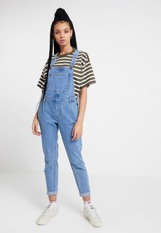 Even&Odd Peto - blue denim - Zalando. Denim Dungarees Outfit, Overalls Women, 90s Fashion, African Fashion, Fashion Outfits, Blue Denim, Ideias Fashion, Summer Outfits, Chic
