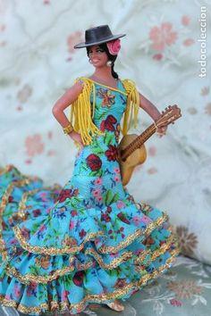 Dress Pants, Dress Outfits, Dresses, Kitsch Art, Gypsy Girls, Spanish Dress, Girls Dream, Barbie Clothes, Folklore