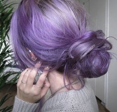 Lavender Hair With Gentle Highlights; Adorable Silver Lavender Hair Trend in 2019 Blonde Babys, Coloured Hair, Dye My Hair, Aesthetic Hair, Grunge Hair, Mermaid Hair, Blue Hair, Silver Purple Hair, Silver Lavender Hair