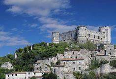 VAIRANO PATENORA (CE) - il castello. 41°20′00″N 14°08′00″E