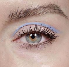 Eye Makeup Tips.Smokey Eye Makeup Tips - For a Catchy and Impressive Look Makeup Goals, Makeup Inspo, Makeup Art, Makeup Inspiration, Makeup Tips, Hair Makeup, Makeup Ideas, Makeup Hacks, Makeup Basics