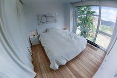Dormitorio principal de BrokenHome©CasaRota Broken Home, Divider, Traditional, Contemporary, Bed, Furniture, Home Decor, Master Bedroom, Architectural Firm