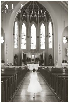 Timeless First Communion Poses First Communion Banner, First Holy Communion, Baptism Photography, Photography Poses, Boudoir, Holy Communion Dresses, Chicago, Kirchen, Pictures