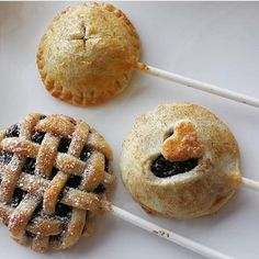 Pie pops!! Apple pie Pumpkin  Blueberry mini pies on a stick my favorite!! #pie #pumpkinpie #applepie #francobaked