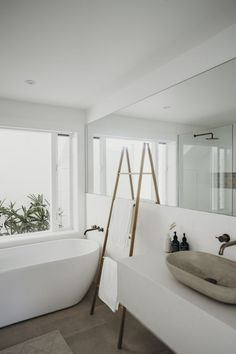 Simple clean lines.great window and outlook to garden/plantsSimple clean lines.great window and outlook to garden/plantsSimple clean lines.great window and outlook to garden/plantsThere are several tasks in life which are just never ending and Minimalist Bathroom Design, Modern Bathroom Design, Simple Bathroom, Bathroom Interior Design, Minimalist Home, Minimal Bathroom, Bathroom Ideas, Bathroom Designs, Bathroom Styling
