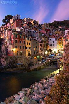 Riomaggiore, Cinque Terre, Italy  At / En www.nourland.com ... #nowyoudecide the for your trip #ahoratúdecides el precio de tu viaje