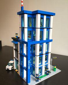 Lego City Police Station, Lego Studios, Lego Moc, Lego Lego, Lego Kits, Deadpool Wallpaper, Lego Modular, Cool Lego Creations, Lego Architecture