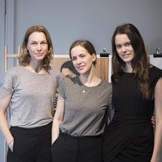 Our founder Mia, Emma Elwin and model Alina wearing one of the pieces from the Emma Elwin x Boob collection - at the presentation this morning. The collection comes in a limited edition. Sign up for our newsletter to be the first to find out more!⠀ ⠀ #emmaelwinxboob #boobdesign #sustainablefashion #swedishdesign #maternitywear #nursingwear