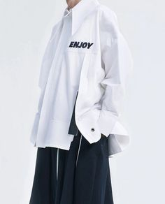 Ximon Lee S/S 2016 White shirt. Fashion Details, Fashion Design, Fashion Trends, Vetements Clothing, Looks Cool, Mode Inspiration, Mode Style, A Boutique, Shirt Designs