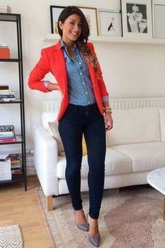 44 Casual Blazer Outfit Women Must Try, Not many people would accessorize an outfit the identical way. If you're searching to make your outfit a little more casual and just a bit grungier, t. Trajes Business Casual, Business Outfits, Business Attire, Summer Business Casual Women, Business Chic, Business Ideas, Look Blazer, Casual Blazer, Coral Blazer Outfits