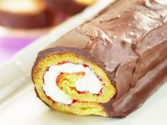 Rum, Cake Recipes, Cake Rolls, Food Cakes, Ethnic Recipes, Basket, Mince Pies, Cakes, Easy Cake Recipes