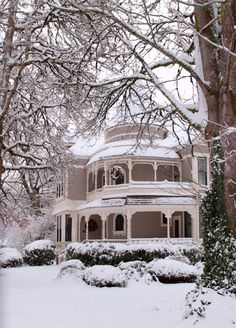 The Settlemier House on a snowy day.  Home built in 1892 in Woodburn, Oregon.  Photo by Dan Dinges.