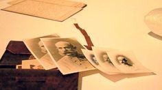 Fotos del emperador en la cartera de Lluís Salvador
