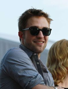 robert pattinson cannes 2012 lunettes oliver peoples 3