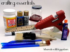 A good reference for the things that everyone should have in their crafting bin!