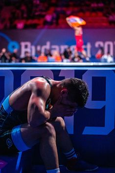 Armen MELIKYAN (ARM) df. Zholaman SHARSHENBEKOV (KGZ) at 60kg in a Greco-Roman match. Olympic Wrestling, Sport Photography, Olympics, Cool Pictures, Roman, Competition, Photo And Video, Guys, Boxing