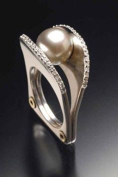tahitian pearl oyster ring