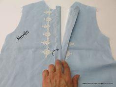 www.decosturasyotrascosas.com Collars, Sewing Patterns, Crochet, Fashion, Sewing Tutorials, Templates, Openness, Women's Fashion Dresses, Sew Pattern