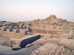 The forgotten cities of the Indus Ancient Ruins, Ancient History, Harappa And Mohenjo Daro, World Map Outline, Harappan, Indus Valley Civilization, The Secret History, Prehistory, Archaeological Site