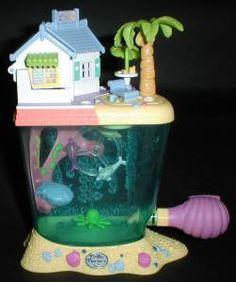 Polly Pocket - 1996 Dolphin Island Playset - Yellow Variation