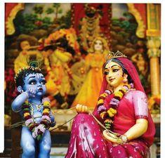 Krishna Leela, Cute Krishna, Radha Krishna Photo, Krishna Radha, Radha Krishna Love Quotes, Lord Krishna Images, Radha Krishna Pictures, Shree Krishna Wallpapers, Radha Krishna Wallpaper