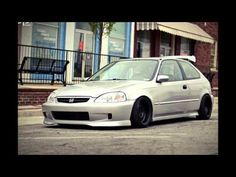 http://strictlyforeign.biz/the-photo-album.html HONDA CIVIC - 50 different looks for your rod.