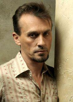 Robert knepper...from Prison Break