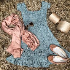 Good sweet day ! . Candy color today  #vanessamontorocrochet #vanessamontorostyle #handmadeluxurydresses