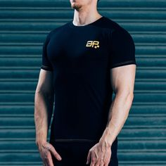 FormFit T-Shirt - Black & YellowSHIPPING: PROCESSING TIME 3 - 4 Days ESTIMATED DELIVERY TIME 3 - 4 days for Domestic 4 - 6 days for International Superior quality cotton t-shirt, simple design, tapered fit to showcase your physique. Designed with quality in mind, the same great feel after multiple washes, good as new for years to come. Styled for all day wear: complete with yellow printed logos & contrast stitching. #Musclesnotincluded 95% cotton, 5% Elastane Model is 5'11'' and wears an M…