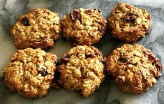 Looking for a quick one-handed snack to enjoy on the go or while breastfeeding? Try these delicious Apple and Cranberry Oat Cookies. Healthy Mummy Recipes, Apple Recipes, Healthy Treats, Baby Food Recipes, Baking Recipes, Whole Food Recipes, Diet Recipes, Recipies, Vegan Recipes