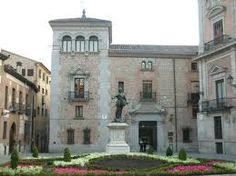 Plaza de la Villa / town square