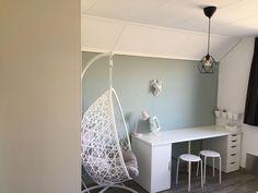 Swivel Side Chairs Living Room #HermanMillerEamesChair Code: 2824322055