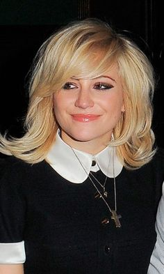 Pixie Lott and her lob