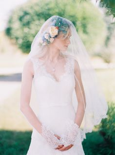 Beautiful Bride: http://www.stylemepretty.com/destination-weddings/2015/05/14/colorful-lakeside-moscow-wedding/ | Photography: Lena Kozhina - lenakozhina.com