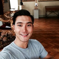 hammy side of him that we've seen in his last 2 roles in k-dramaland, I find the serious Choi Siwon, Kangin Super Junior, Super Junior T, Leeteuk, Heechul, Kdrama, New Boyz, Handsome Actors, Kpop