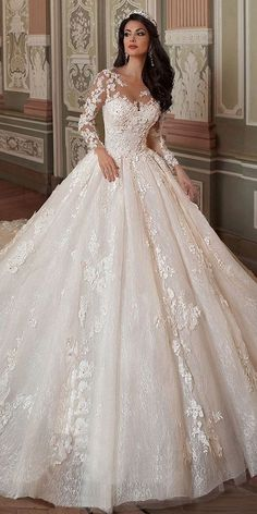 Fantastic Tulle & Lace Scoop Neckline Ball Gown Wedding Dress With Lace Applique. Fantastic Tulle & Lace Scoop Neckline Ball Gown Wedding Dress With Lace Appliques & Flowers & Beadings Dresses Princess Wedding Dresses, Dream Wedding Dresses, Wedding Gowns, Tulle Wedding, Lace Weddings, Mermaid Wedding, Wedding Reception, Foto Wedding, Princess Bridal