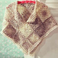 ByHaafner, crochet, poncho, granny square Geen patroon, maar wel te construeren a.d.h.v. de foto