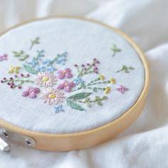 Embroidery time... . 刺繍の時間。。。 #刺繍 #stitch