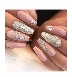 About Long Acrylic Nails Coffin Glitter Sparkle Beautiful 74 - Nail Art Designs Long Acrylic Nails, Acrylic Nail Art, Acrylic Nail Designs, Acrylic Nails For Summer Glitter, Sparkle Acrylic Nails, Bling Nail Art, Wedding Acrylic Nails, Nail Summer, Gold Glitter Nails