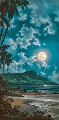 Full moon Beautiful Waikiki, Hawaii