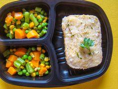 Yes Food Brasil - Linha SPA 380gr - Escondidinho de carne com aipim; com seleta de legumes (ervilha, cenoura, vage e milho).