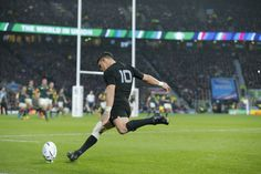 Rugby World Cup 2015 : South Africa v New Zealand semi-final - in pictures
