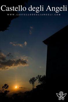 Castello degli Angeli è Location per Eventi, lasciati trasportare da poetici tramonti. #castellodegliangeli #location #tramonto #eventi #panorama