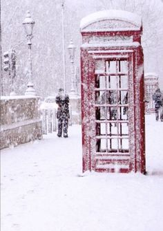 "bluepueblo: "" Snowy Day, London, England photo via kalee """