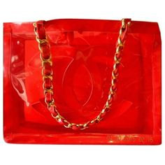 Pre-owned Chanel Xl Jumbo With Gold Chain Red Tote Bag (2.835 BRL) ❤ liked on Polyvore featuring bags, handbags, tote bags, chanel, red, clear beach tote, evening handbags, tote shoulder bag, red tote and chanel shoulder bag