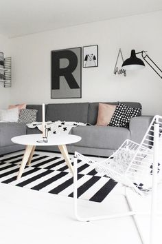 home decor inspiration Scandinavian feeling with black and white and big prints