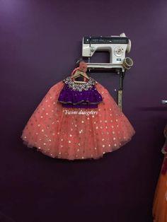 Kids Party Wear Dresses, Kids Dress Wear, Dresses Kids Girl, Kids Outfits, Indian Dresses For Kids, Baby Girl Birthday Dress, Baby Dress Design, Kids Lehenga, Baby Girl Dress Patterns