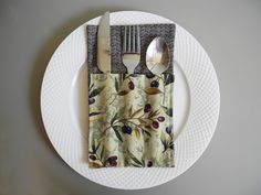 Cutlery Holder, Flatware Holder, Silverware Holder to Decorate Your Table for any Occasion, Set of 4 by VanDijkDesigns on Etsy Silverware Holder, Flatware, Table Decorations, Crafts, Etsy, Food, Cutlery Set, Meal, Shun Cutlery