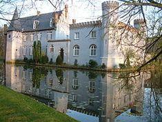 Het Kasteel Stapelen in Boxtel is een bekend klooster van de assumptionisten.13e eeuw Noord Brabant