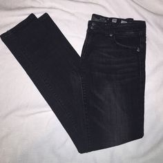 "Miss Me black skinny jeans These are in perfect condition! Black in color with the angel wings. Skinny style, inseam is 32"". Miss Me Jeans Skinny"
